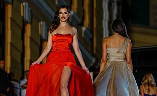 Glamurozna manifestacija privukla mnoštvo zaljubljenika u modu