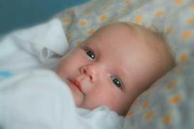 Fotografije beba i djece - Page 18 Mala-beba